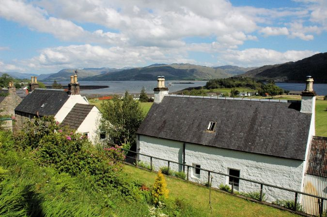Bruaich Cottage has an attractive position with views across Loch Carron towards the hills and mountains to the south.
