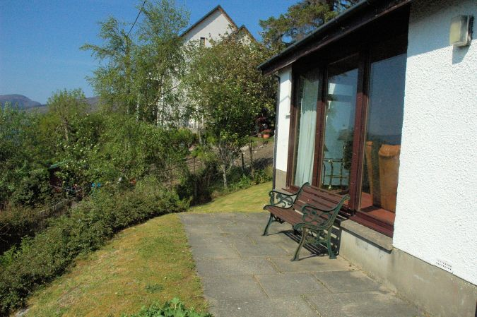 Struan has a pleasant garden with a small patio and excellent views across Loch Carron to the hills and mountains to the south.